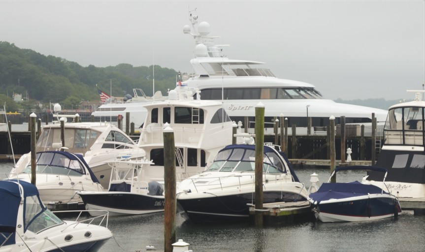 "Die ""Spirit"" in der Marina von Port Jefferson"